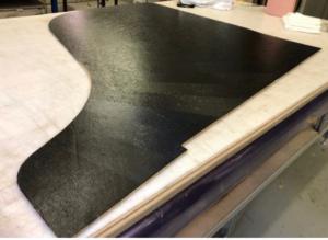 table d'harmonie de piano réalisée en matériau composite