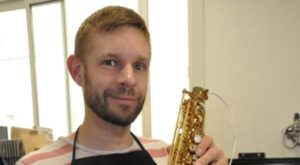 Le Castrogontérien Guillaume Hubert bichonne les instruments de musique